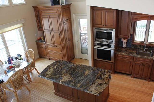 Klifto traditional-kitchen