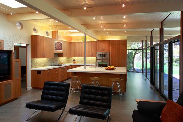 Klopf Architecture - Kitchen viewed from family area midcentury-kitchen