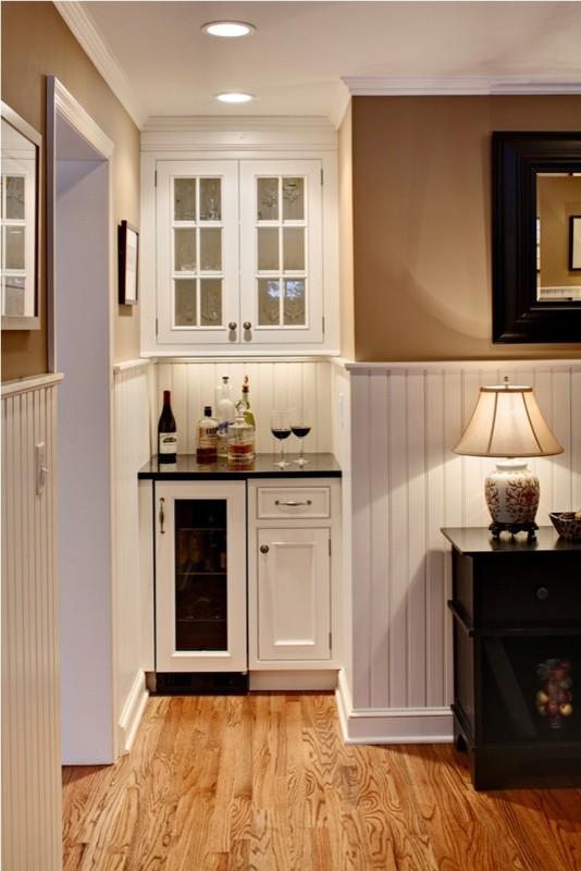 Kneebone Kitchen - Traditional - Kitchen - Newark - by ...