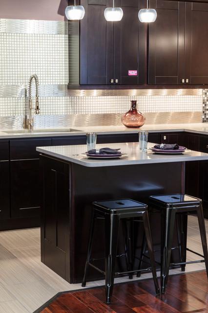 Knob Hill Espresso Shaker Kitchen Cabinets - Traditional ...