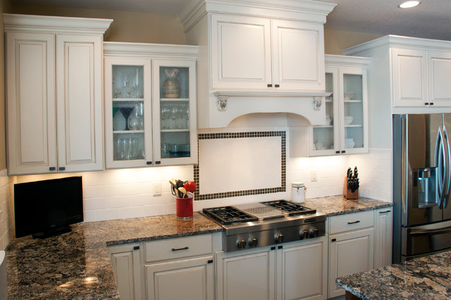 Koch Cabinets - Traditional - Kitchen - other metro - by ...