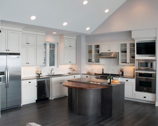 Koch Cabinets - Traditional - Kitchen - New York - by Kinetic ...
