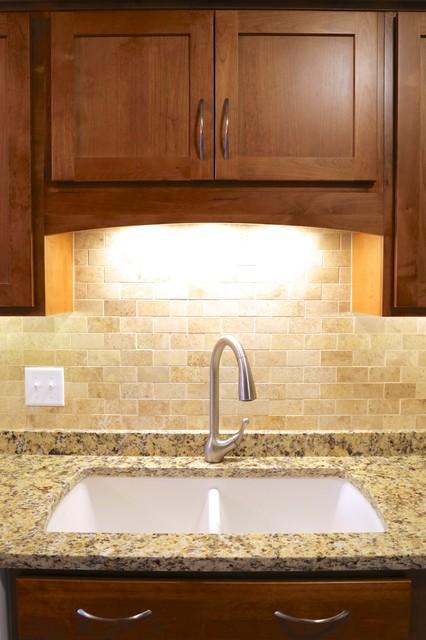 Kitchen Design 11x13 Room: Transitional