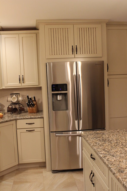 Painted kitchen cabinets before and after - Kraftmaid Alexis Briarwood Maple Mushroom Kitchen Transitional Kitchen