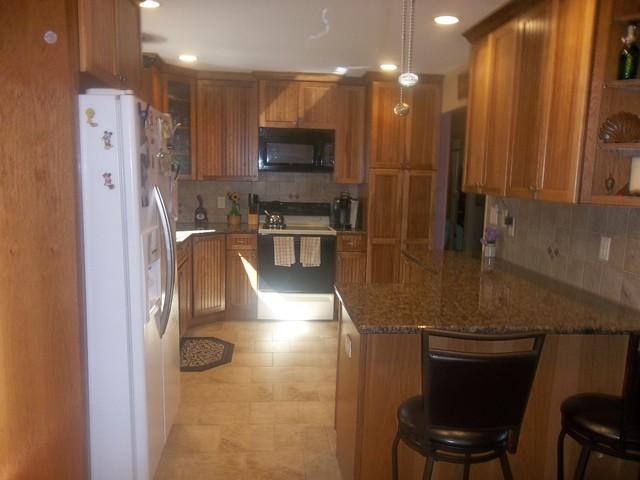 KraftMaid Briarwood Kitchen - Ogdensburg traditional-kitchen