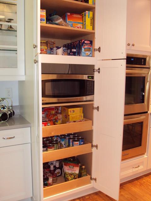 KraftMaid Dove White contemporary-kitchen