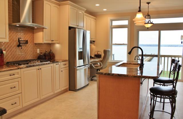 Kraftmaid Kitchen Bridgewater Maple Praline Island