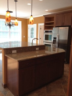 Kraftmaid Kitchen-Rehoboth - Traditional - Kitchen - providence - by Lowes of Seekonk, MA