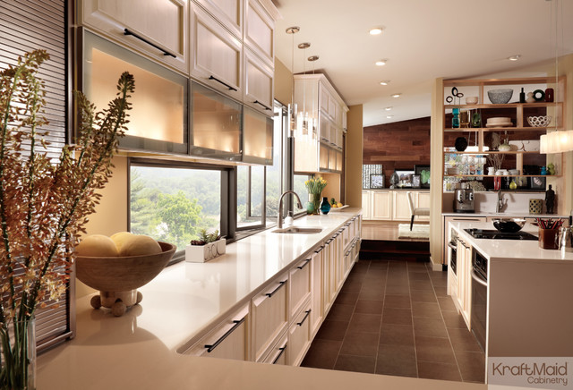 Superior KraftMaid: Maple Cabinetry In Parchment Contemporary Kitchen