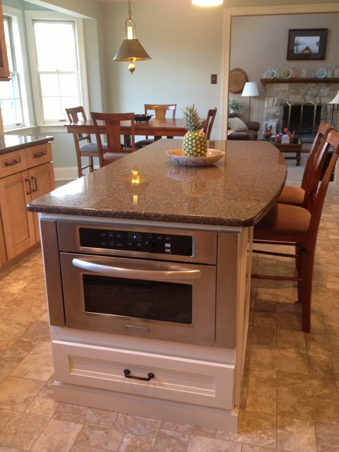 Kraftmaid - Maple - Glenmoore traditional-kitchen