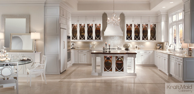 Kraftmaid maple raised door in dove white transitional for Dove white cabinets with cocoa glaze