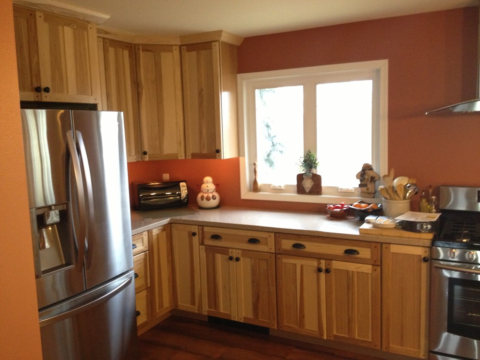 Kraftmaid Mission Hickory Natural Kitchen Traditional Kitchen Philadelphia By Lowe S Of Reading Pa