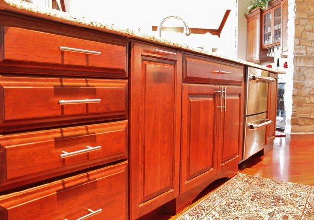 Kraftmaid Montclair Cherry traditional-kitchen