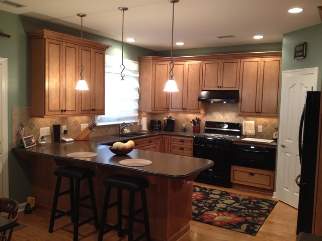 Kraftmaid Provence Maple - Condit - Traditional - Kitchen - charlotte - by Lowes of Indian Land, SC