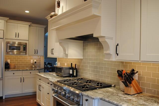 KraftMaid Putnam Maple Canvas - Traditional - Kitchen ...