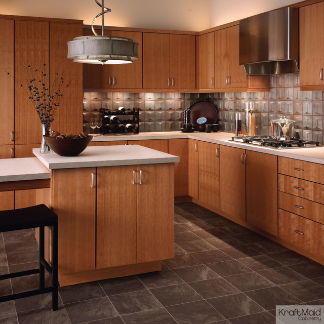 Kraftmaid quartersawn cherry in natural contemporary for Kraftmaid kitchen cabinets