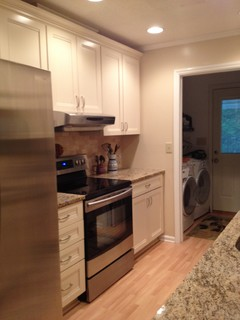 Kraftmaid Sonata Traditional Kitchen Charlotte By Lowe 39 S Of Mooresville Nc