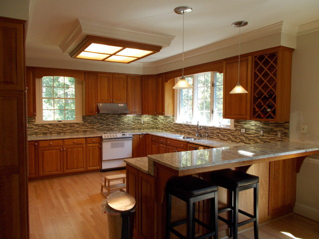 Kroner Residence traditional-kitchen