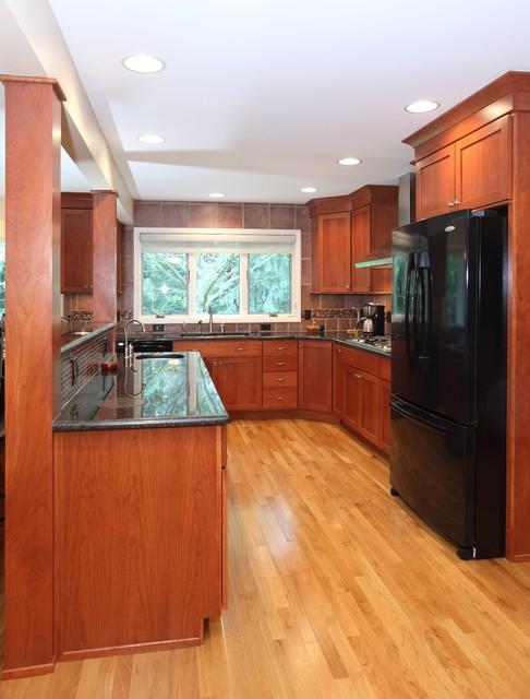 Kroon Addition traditional-kitchen