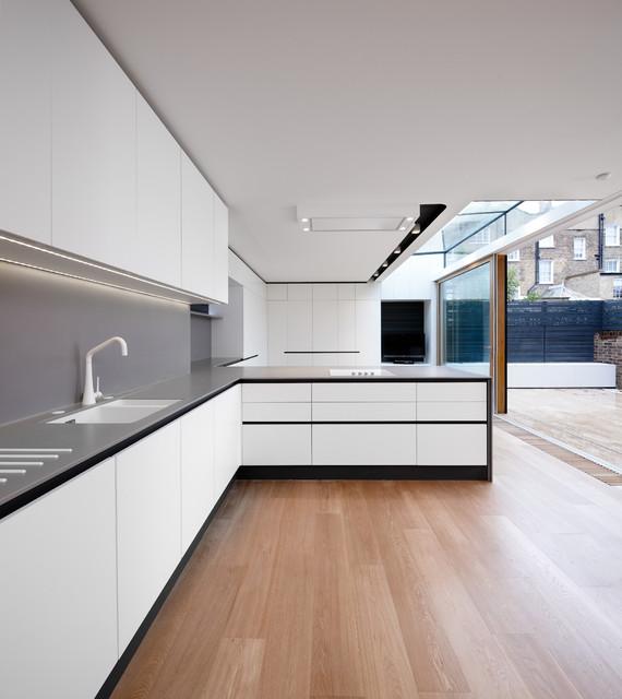 Kuche Modern Design : Kitchen Designers u0026 Fitters
