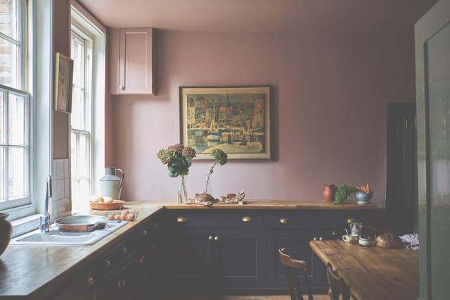 Küche in Sulking Room Pink und Paean Black - Modern - Küche ...