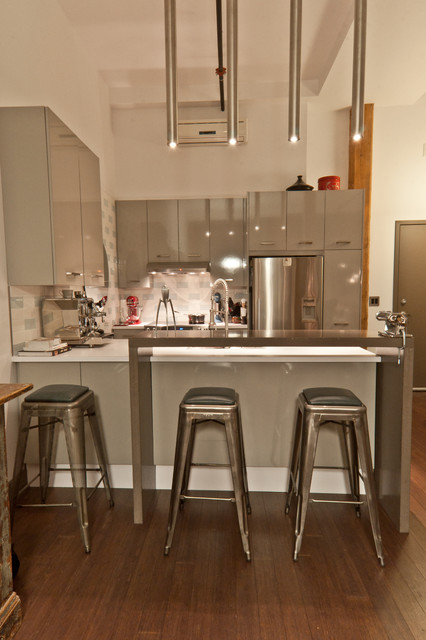 La biscuiterie viau eclectic kitchen montreal by for Designer interieur montreal