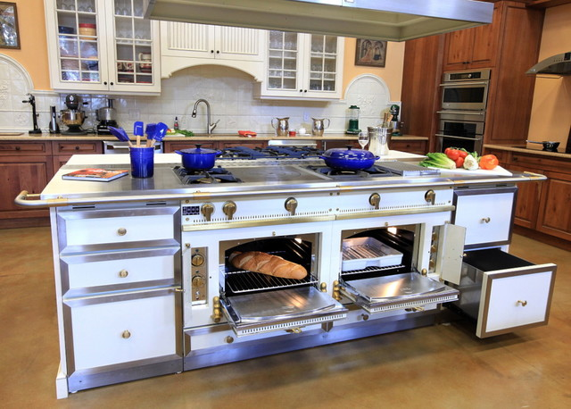 La Cornue   Custom, Handcrafted Range/ovens Traditional Kitchen
