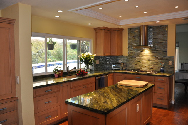 La Costa contemporary kitchen