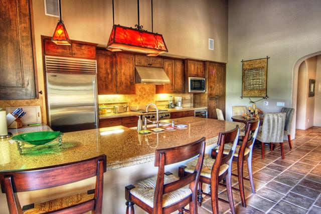 La Quinta Golf Bungalows mediterranean-kitchen