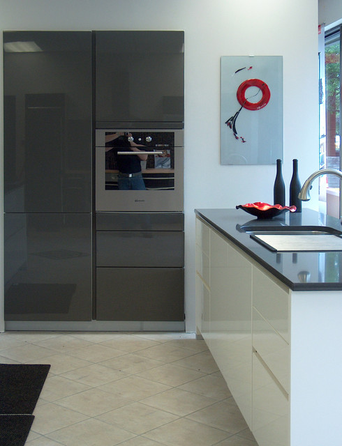 Lacquer - High Gloss White and Grey - Contemporary ...