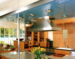 Lagoon Residence @ Belvedere contemporary-kitchen
