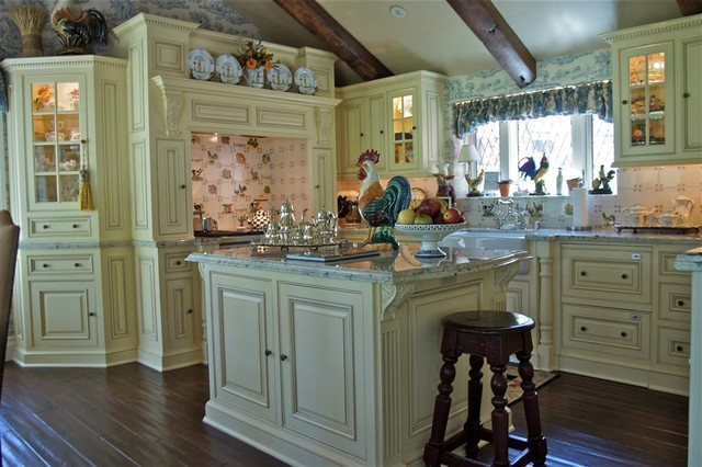 Lake Arrowhead Country French Kitchen Traditional Kitchen