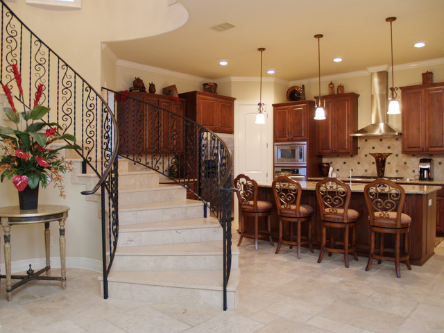 Lake Cliff traditional-kitchen