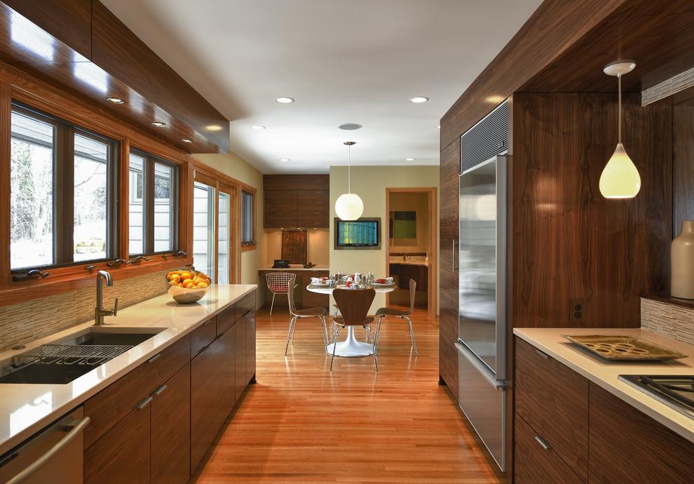 Kitchen - modern kitchen idea in Minneapolis with stainless steel appliances