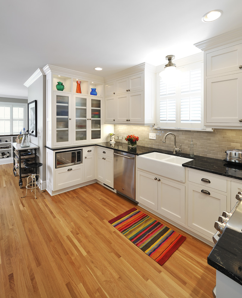 Example of an eclectic kitchen design in Minneapolis