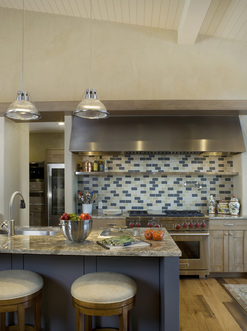 contemporary kitchen Beauty Meets Function: Range Hoods