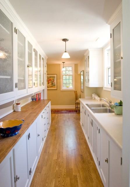 Lake Drive Cabinets traditional-kitchen