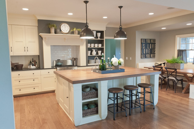 Lake Elmo Cape Cod Beach Style Kitchen Minneapolis By Kristin Hoaglund Design