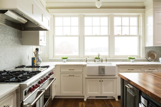Lake elmo greek revival farmhouse farmhouse kitchen for Greek kitchen designs