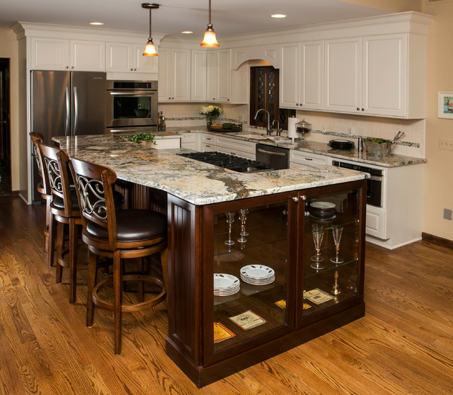 Lake home remodel traditional kitchen birmingham for Lake house kitchen designs