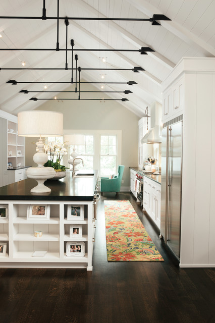 Lake House Traditional Kitchen Milwaukee By Karen