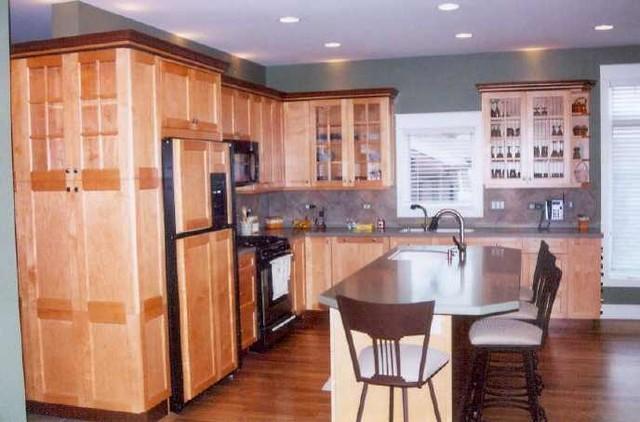 Lake house narrow lot - Contemporary narrow kitchen ...
