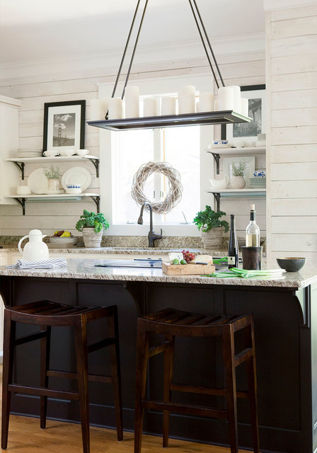 Inspiration for a shabby-chic style kitchen remodel in Atlanta