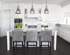 Lake Keowee: Smith Private Residence traditional-kitchen