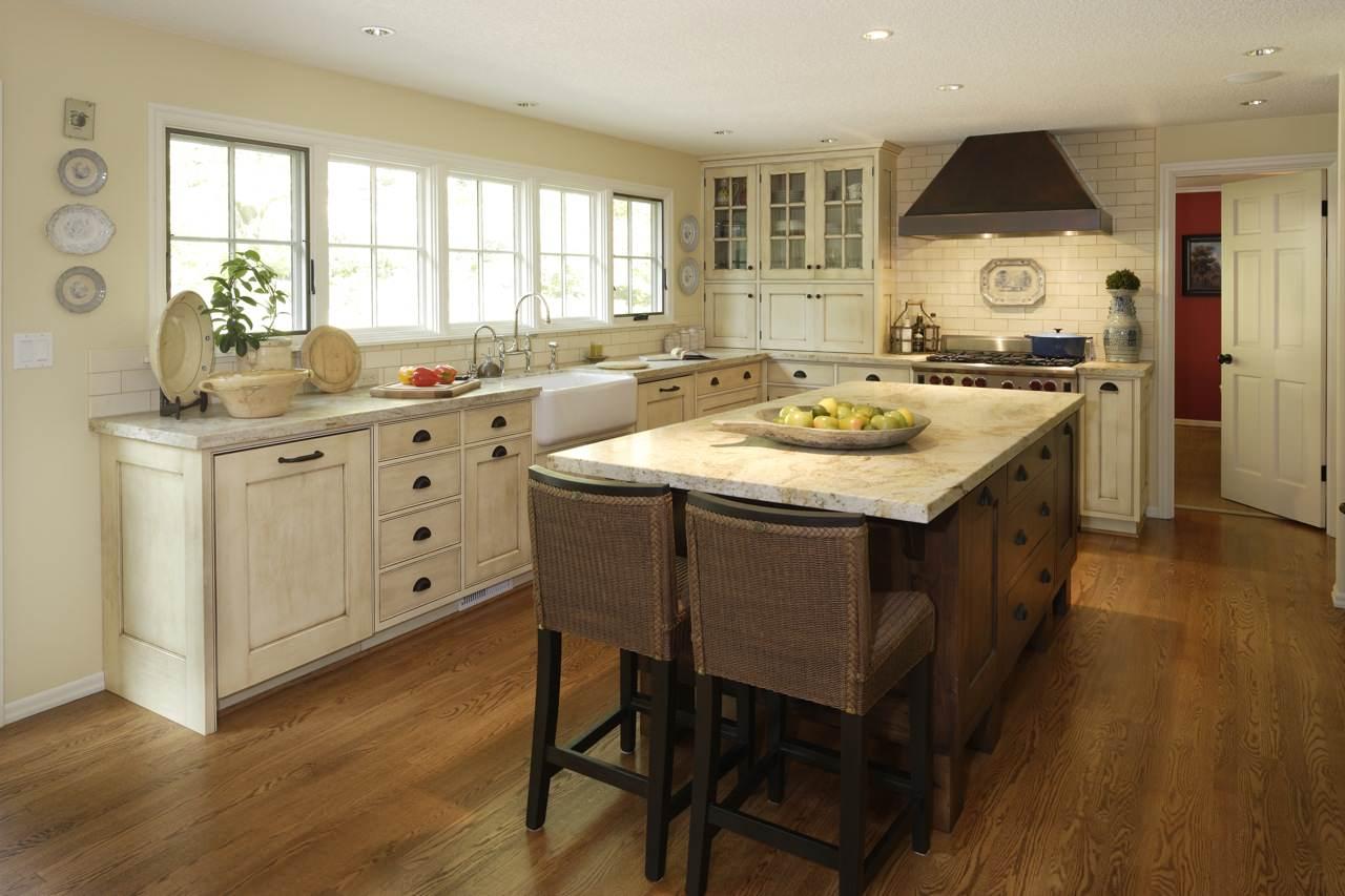 Cream Cabinet With Wood Floor Ideas Photos Houzz
