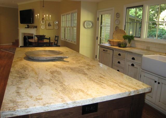 Honed Granite Island traditional-kitchen