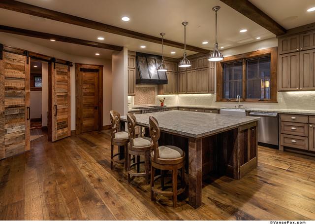 lake tahoe ski chalet moderne cuisine sacramento par heslin construction. Black Bedroom Furniture Sets. Home Design Ideas