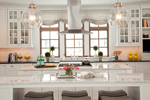 Lake View Luxury Home - Transitional - Kitchen - Minneapolis - by JALIN Design, LLC