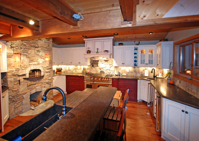 Lakeside Kitchen