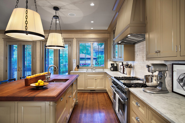 Lakeview Residence Kitchen traditional-kitchen